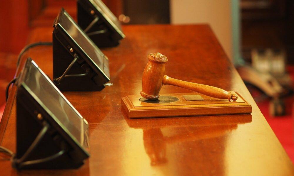 Coinbase는 SEC의 '규제 조사'에 대해 '공세를 취해야'합니까?